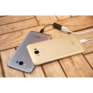ZenFone 3 MaxOTGケーブル接続