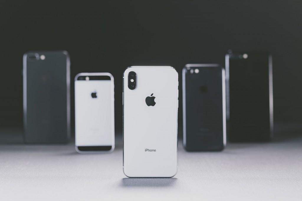 iPhonexIMGL6593_TP_V